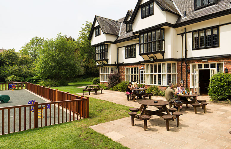 the inn at woodhall spa exterior