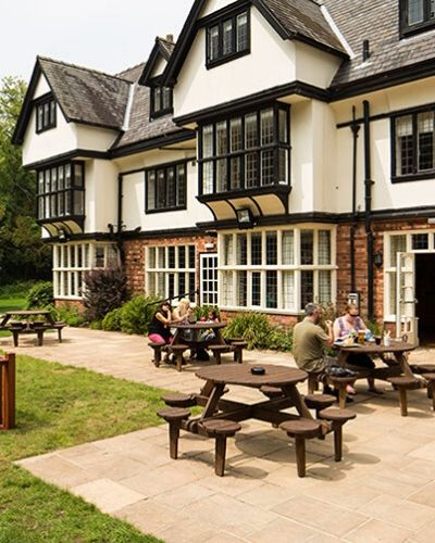 inn-at-woodhall-exterior-rate